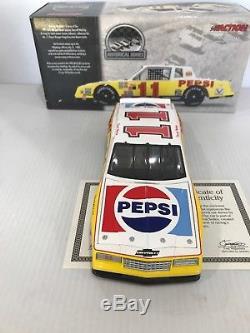 1983 #11 Darrell Waltrip Pepsi/ Burger King Monte Carlo Historical Series