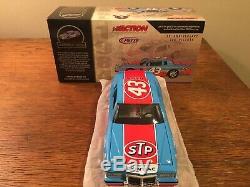 1984 Richard Petty Action #43 STP 200th Win Pontiac 1/24 NASCAR Die-Cast
