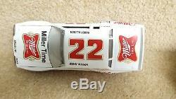 1995 Action 124 Diecast NASCAR Bobby Allison Miller High Life 1983 Buick Regal