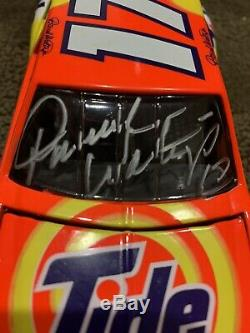 1995 Darrell Waltrip 1988 Tide Action RCCA 1/24 NASCAR Diecast Autographed