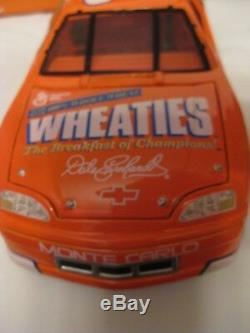 1997 Wheaties/Goodwrench #3 Dale Earnhardt Sr 124 Diecast Collectible Car