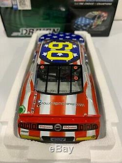 1/24 Travis Pastrana #60 Nascar Roush Fenway Racing Flag car Autographed 199