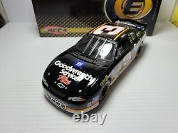 2000 Dale Earnhardt Sr #3 GM Goodwrench Under The Lights Elite 124 NASCAR MIB