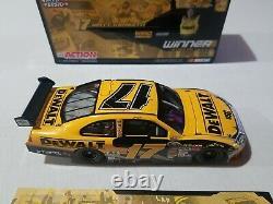 2009 #17 Matt Kenseth DeWalt Daytona 500 Raced Win