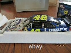 2009 Action 1/24 Scale 2009 Champion Jimmie Johnson 4 Time Champ Raced Version
