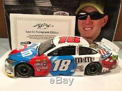 2016 Action Kyle Busch M & M's Red White Blue 1/24 Liquid Autographed 1 of 25