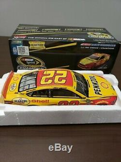 AUTOGRAPHED withCOA 2014 JOEY LOGANO #22 SHELL CHASE FOR THE CUP DIECAST 1/24 NIB