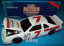 Alan Kulwicki 1991 Hooters #7 Thunderbird 1/24 Vintage NASCAR Diecast Bank