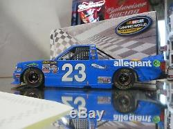 Chase Elliott 2017 Martinsville Win Raced Version Allegiant Truck 1/24 Action