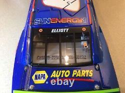 Chase Elliott 2018 #9 SunEnergy 1 Blue 1/24 Elite Camaro