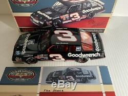 Dale Earnhardt 1989 # 3 Goodwrench Monte Carlo 1/24 Action Nascar Diecast