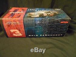 Dale Earnhardt Sr. #3 Goodwrench 1997 Crash Car 1/24 Action Nascar Diecast