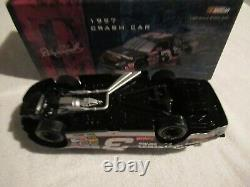 Dale Earnhardt Sr Action 1/24 1997 Crash Car Raced Version