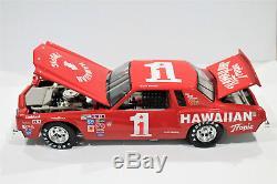 David Pearson ACTION #1 Hawaiian Tropic 1979'80 Chevy Custom Winston Diecast