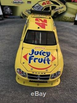 Juan Pablo Montoya 124 2008 Juicy Fruit COT NASCAR Diecast