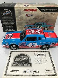 Richard Petty 1984 Pontiac Gran Prix 200th Win 1/24 historical Autographed