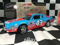 Richard Petty 1/24 #43 STP 1984 Pontiac Grand Prix Historical Series 200th Win